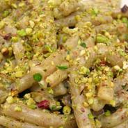 Pasta con pesto di tonno e pistacchi della Valle del Platani